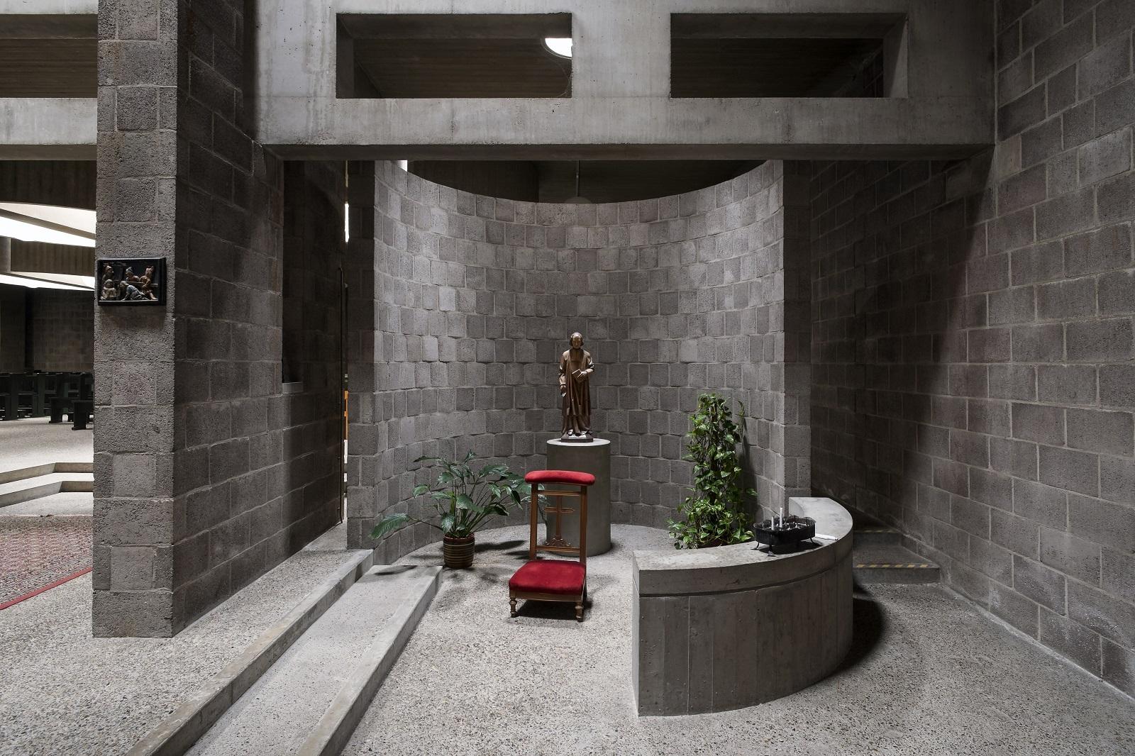 39 pastoor van ars kerk den haag verdient status rijksmonument 39 for Bergers interieur