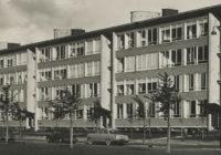 Oude foto van woningen Segbroeklaan ontworpen door Piet Zanstra