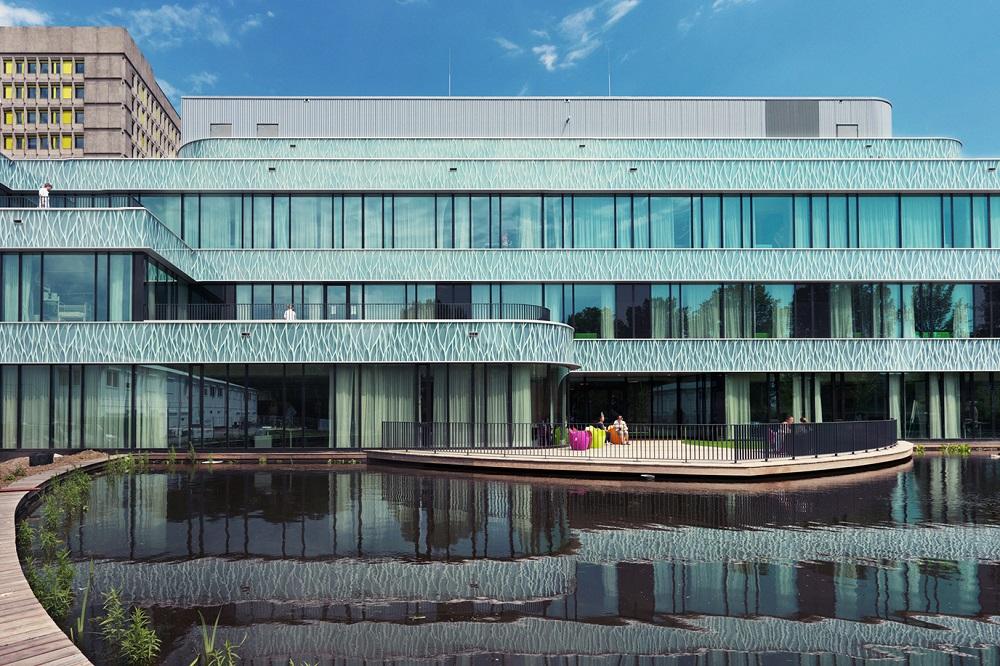 gevel met vijver haga ziekenhuis ontwerp MVSA