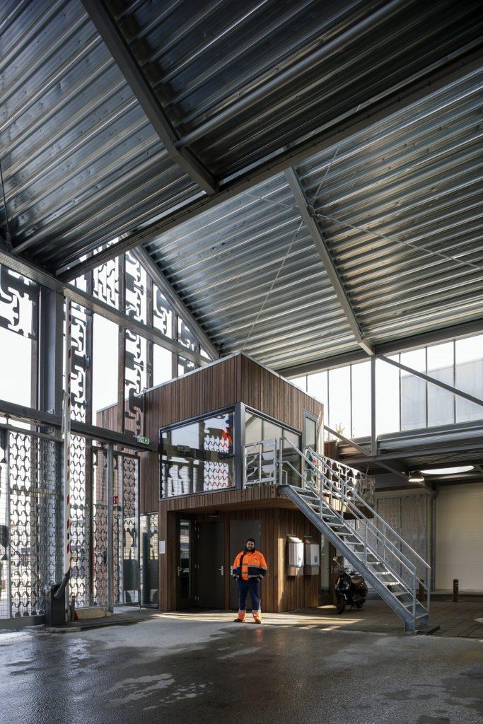 Interieur afvalbrengstation ontworpen door Wessel van Geffen architecten