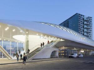 eindstation E lijn ontworpen door ZJA