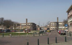 ensemble met Nieuwe Haagse School architectuur in Rustenburg Oostbroek