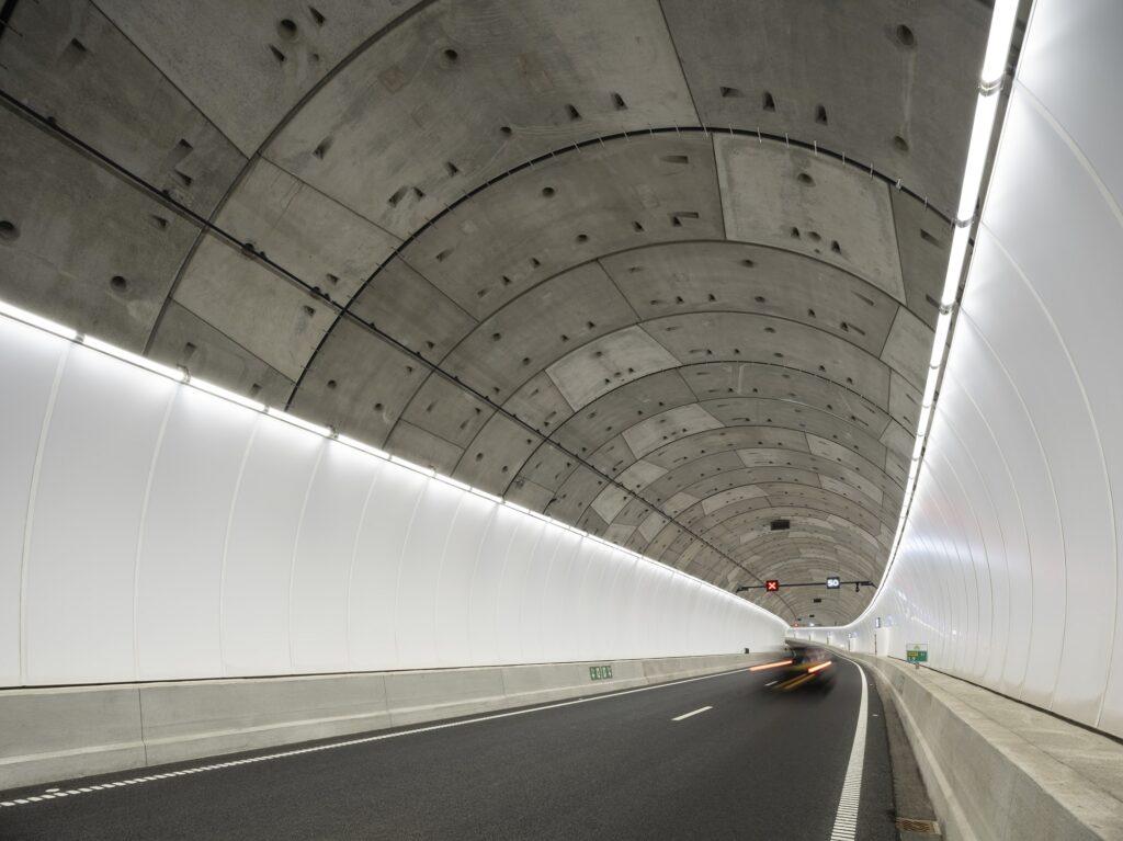 tunnel rotterdamse baan